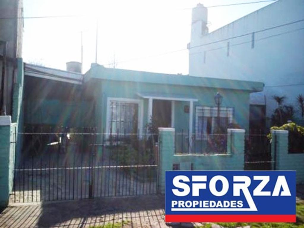 Casa En Venta En Pedro Henriquez Ure A 2682 Villa De