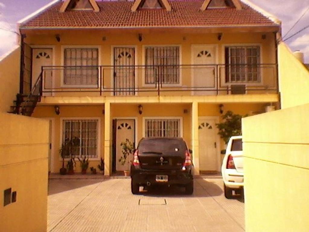 Duplex en San Justo, La Matanza, Buenos Aires USD 115000 - Monseñor Marcon 1756 (Código: 486-270)