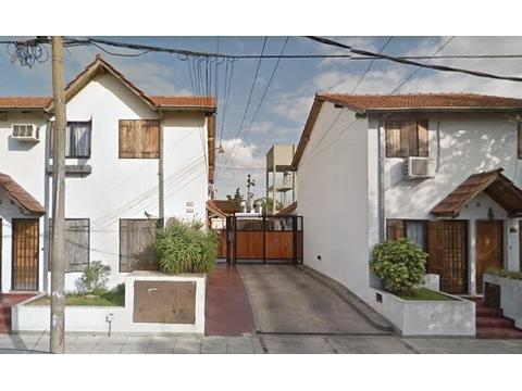 Dúplex 2 ambientes con patio y baulera en Ramos Mejía Sur