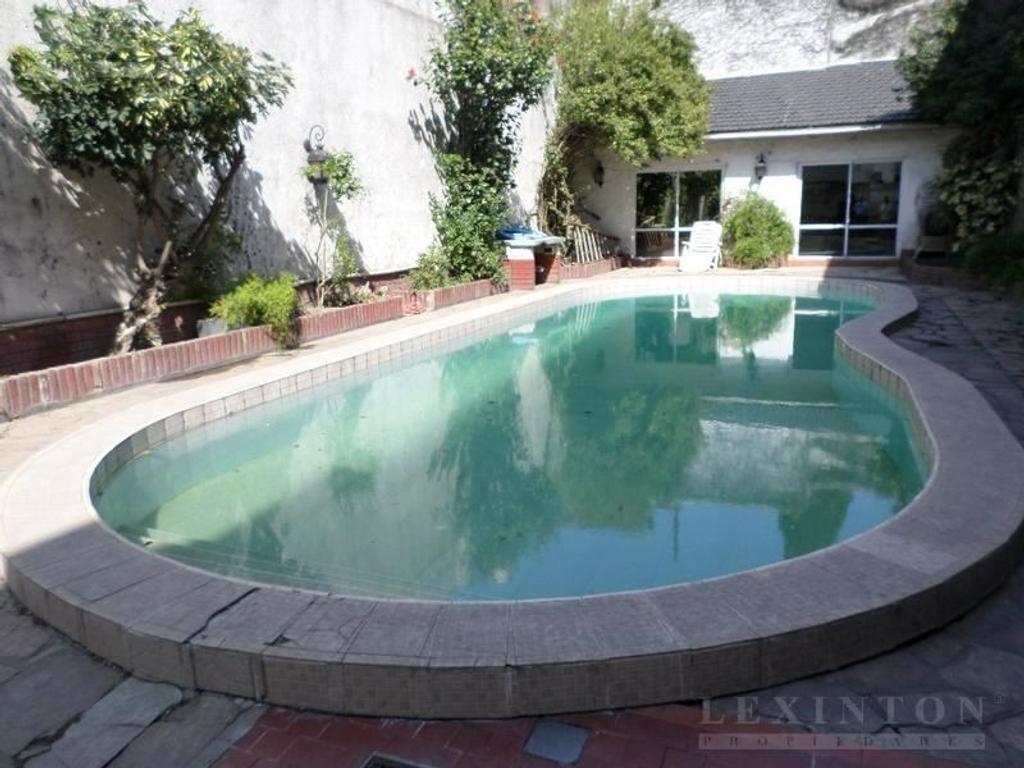 Casa en venta en campichuelo al 600 caballito argenprop for Casa de azulejos en capital federal