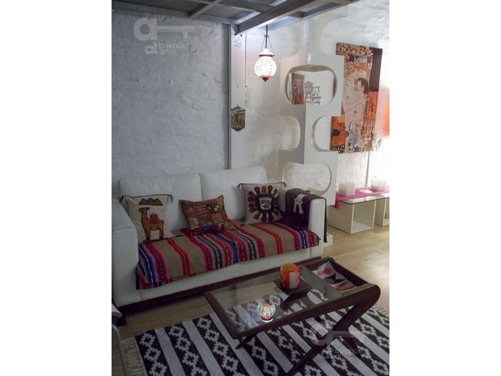 San Telmo, Departamento tipo Loft 2 Ambientes con Balcón, Alquiler Temporario Sin Garantía!