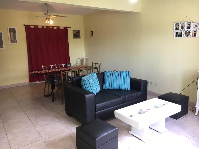 Casa en Venta - 4 ambientes - USD 170.000