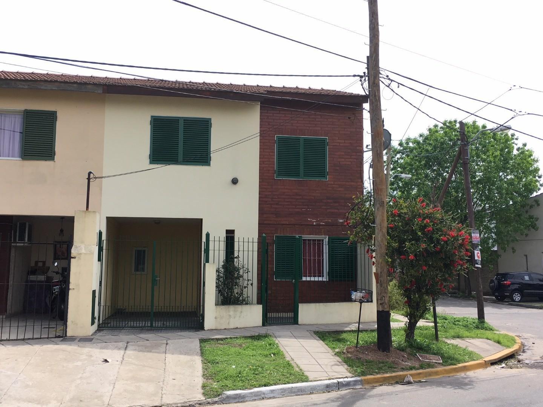 Casa en Venta en Ciudad Evita - 4 ambientes