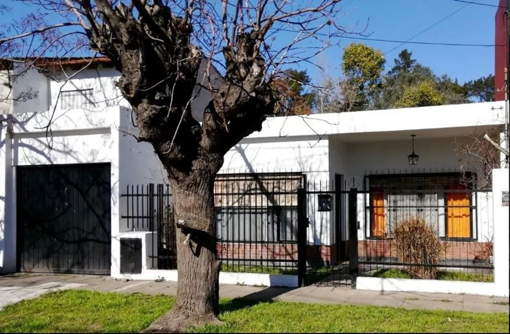CASA DE 4 AMBIENTES EN ITUZAINGO NORTE (2103)