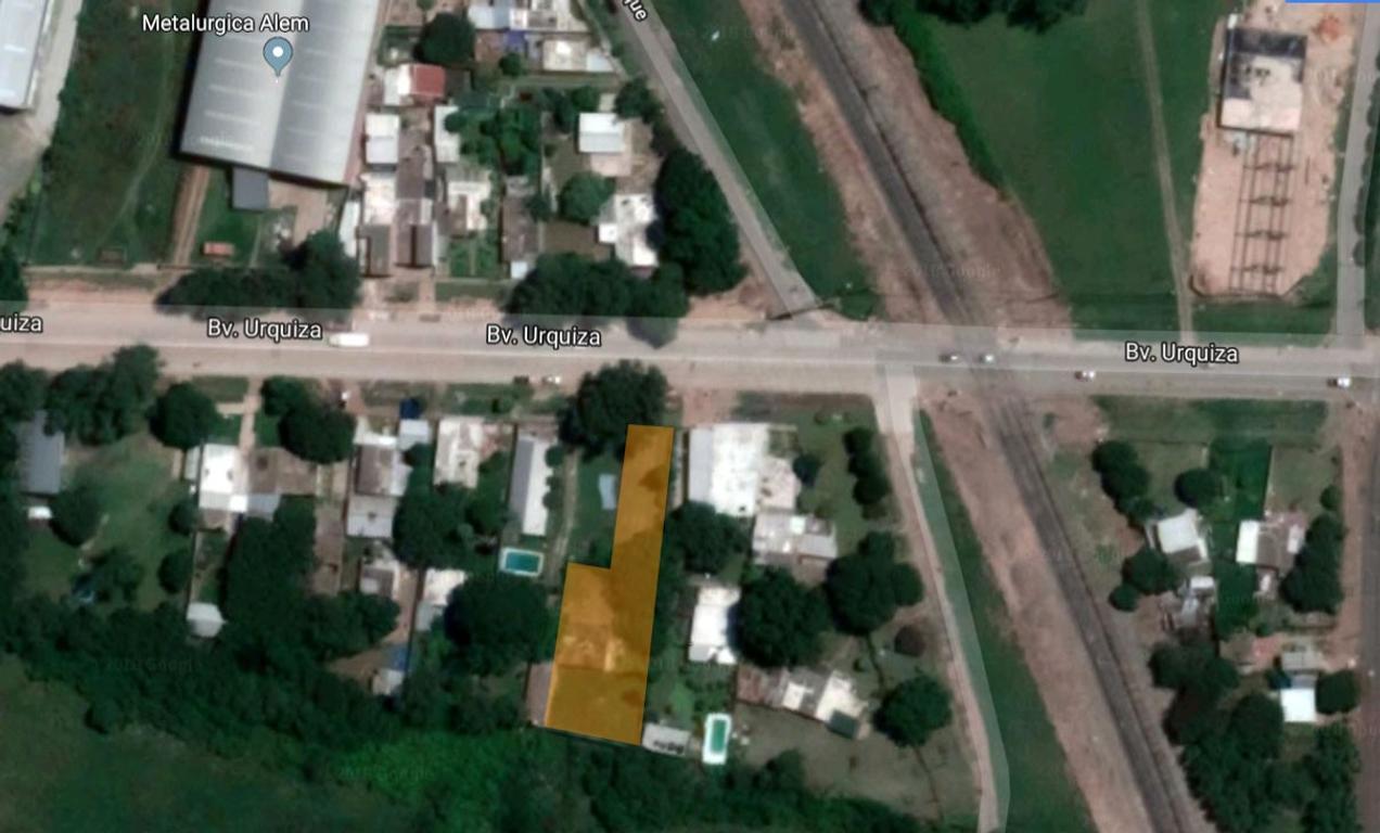 Terreno sobre acceso a autopista.