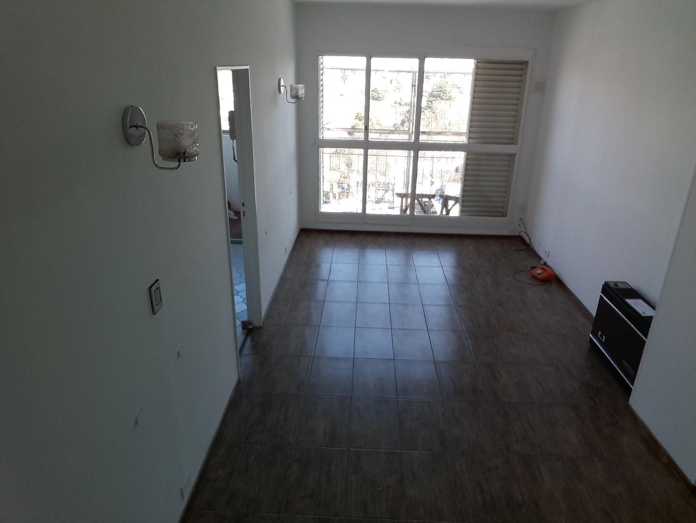 Departamento en Alquiler en Olivos Maipu/Uzal - 3 ambientes