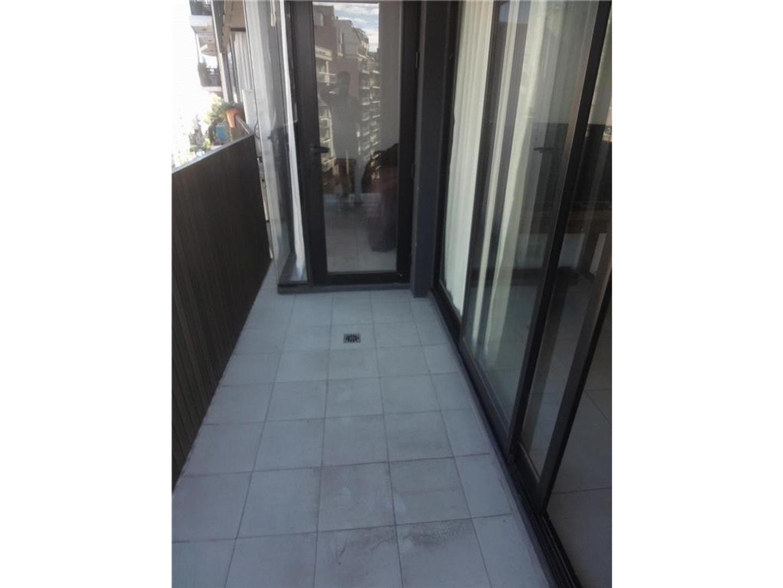 Hermoso 2 ambientes balcon corrido. Sin muebles, 2 aires split FC