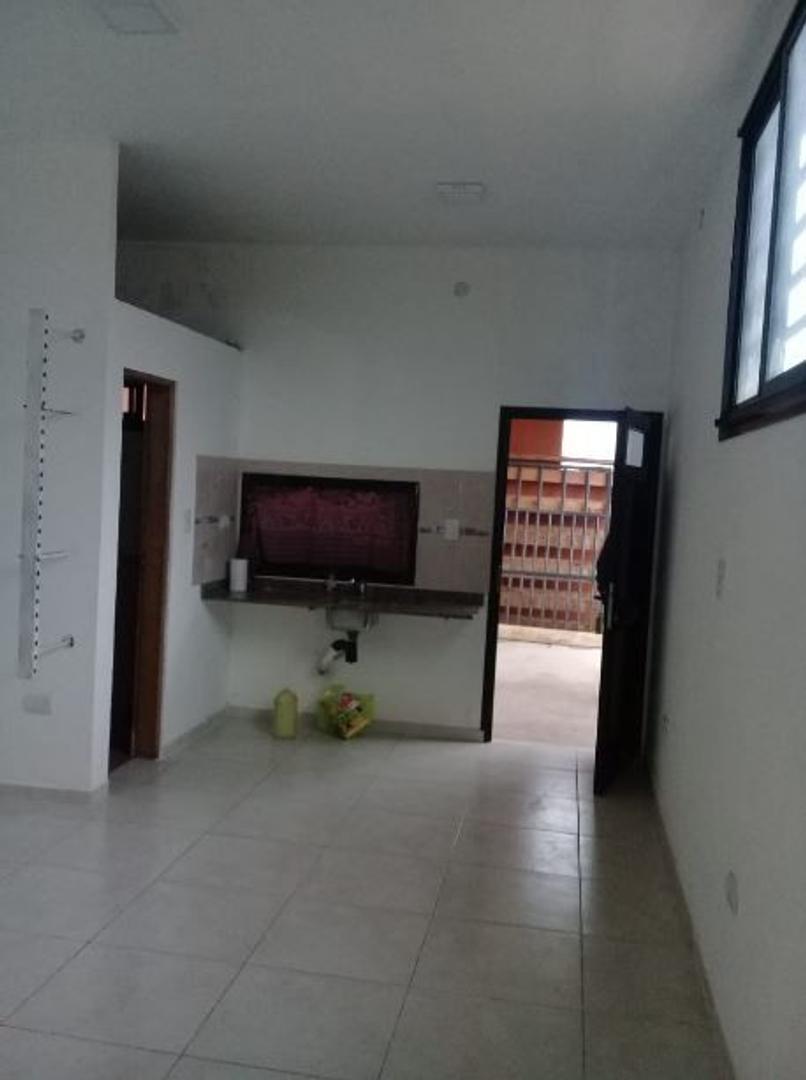 Departamento - 300 m² | 1 año