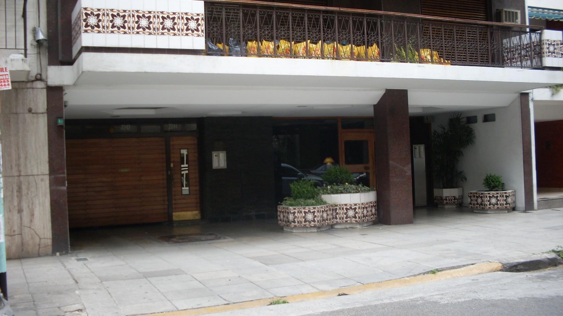 Cochera en Venta en Villa Urquiza