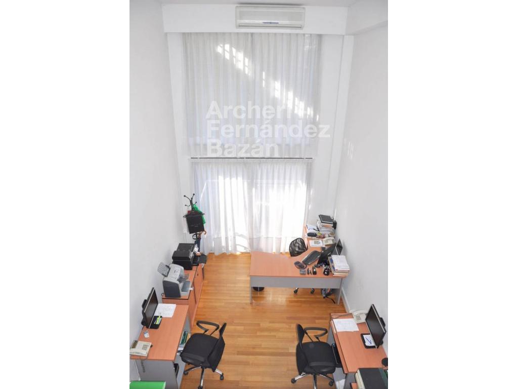 Excelente oficina en venta en Belgrano - Virrey del Pino 2300