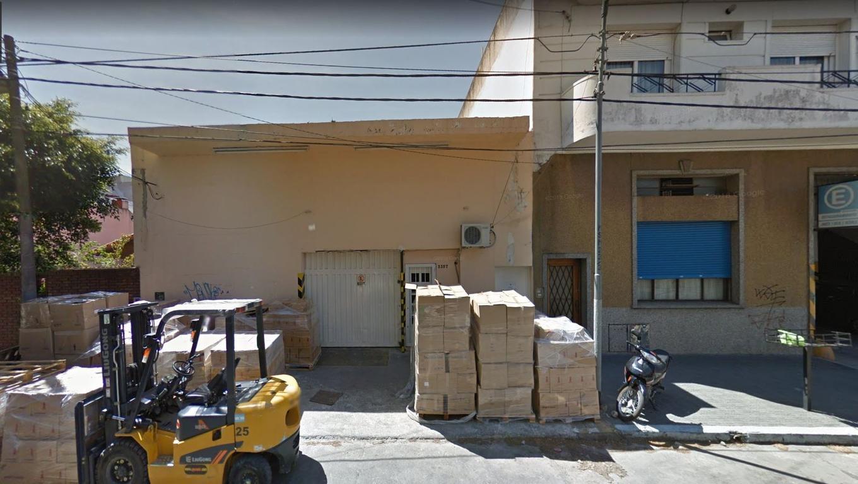 Excelente galpón 350m2 + 80m2 Libres - Guemes 2500, San Martín (Ctro)