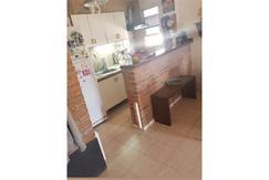 Departamento en San Fernando de 3 ambientes, balcon. Cocina integrada. Baño completo.