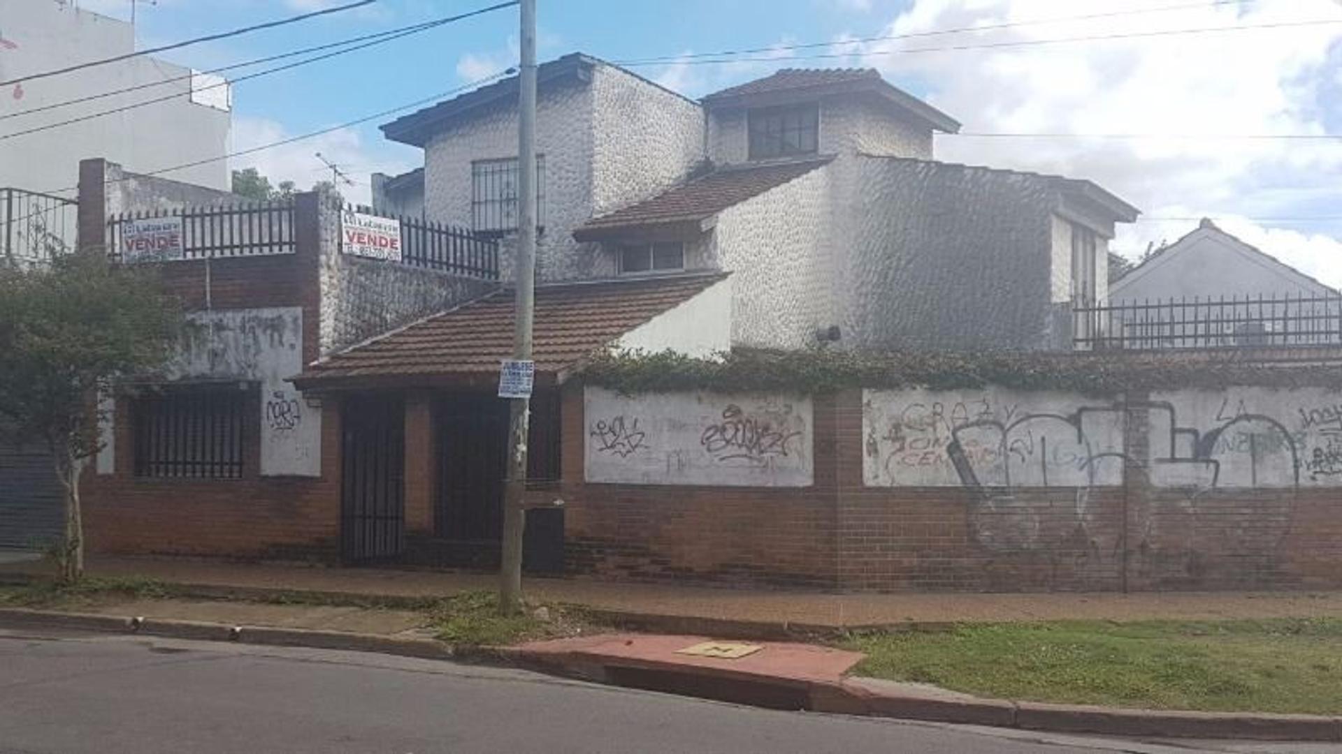 Casa en Haedo, Morón, Buenos Aires USD 165000 - Rosales 1809 (Código: 486-359)