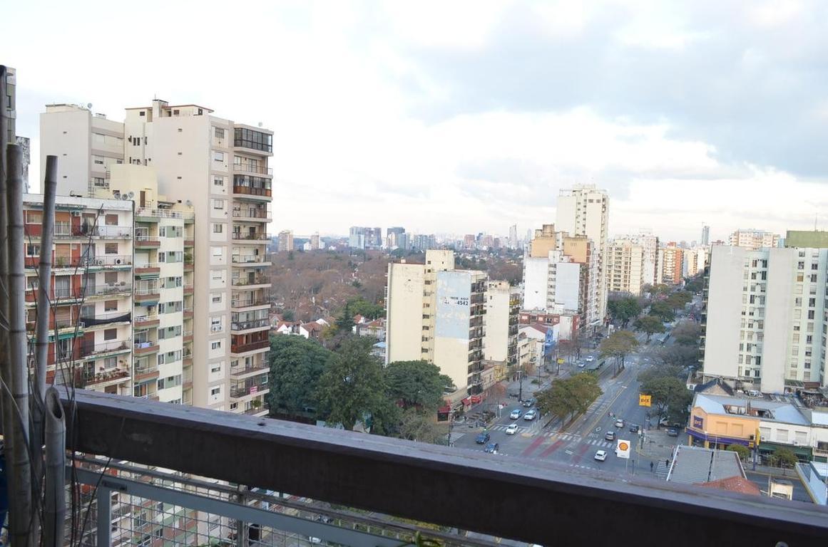 Piso 14, vista panoramica y Rio.-