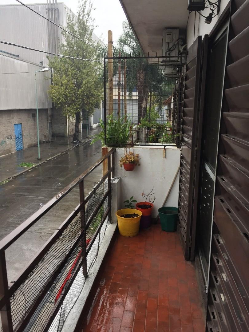Departamento 2 ambientes en Villa Sarmiento