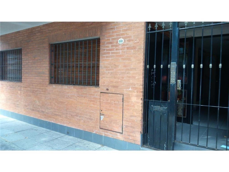 Departamento en Alquiler en Claudio M Cuenca 900 - Flores ...