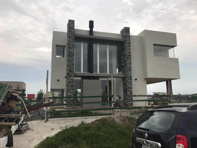 Casa Minimalista en Santa Rita