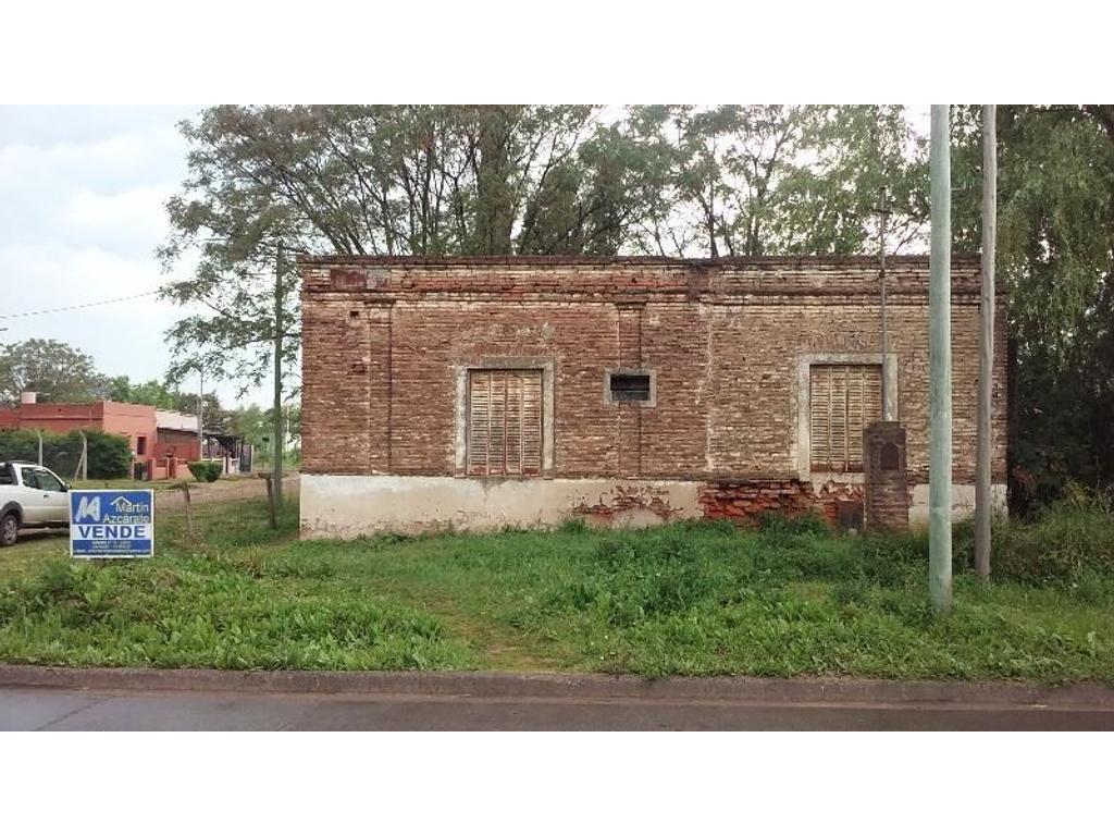 Casa a Reciclar sobre Calle Cardoner esquina 253