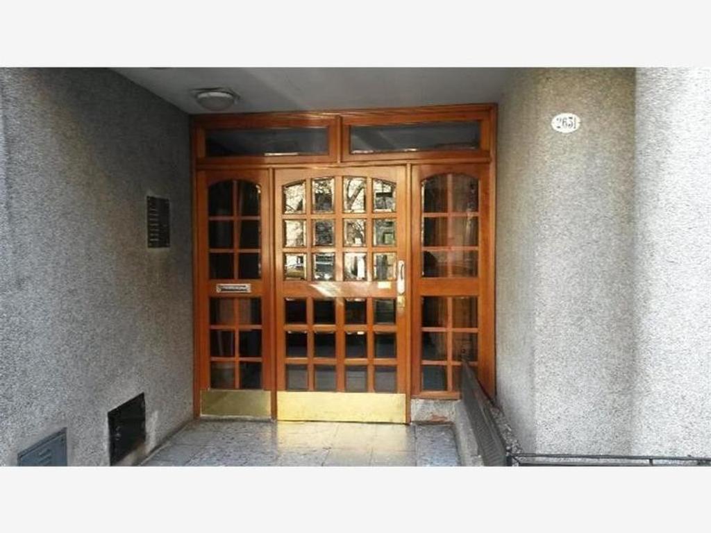 Departamento - Bogota 2600 - 3 ambientes-   Flores