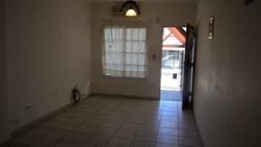 Amplio Duplex 4 ambientes con fondo y garage