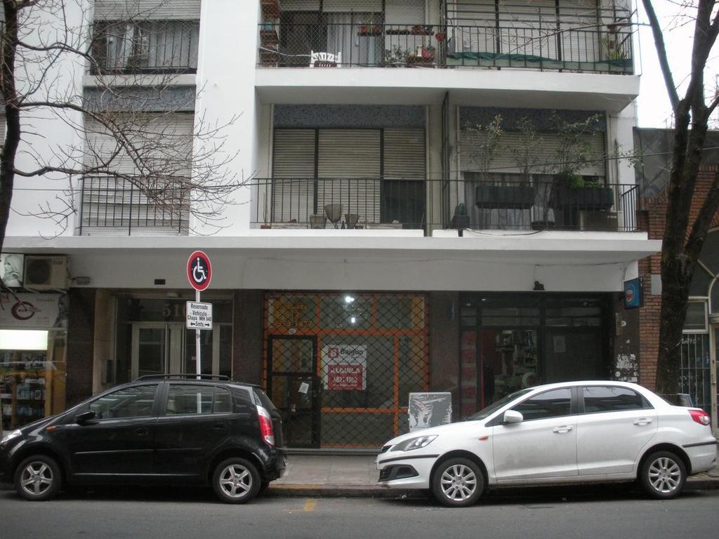 Local a mts de Av. Corrientes. A/T/D