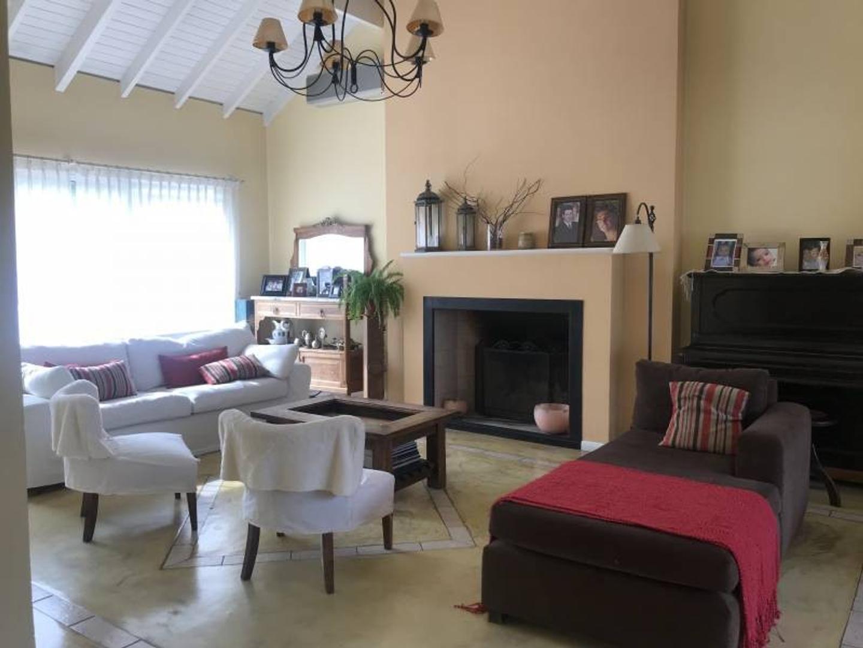 Casa en Venta de 243,0 m2