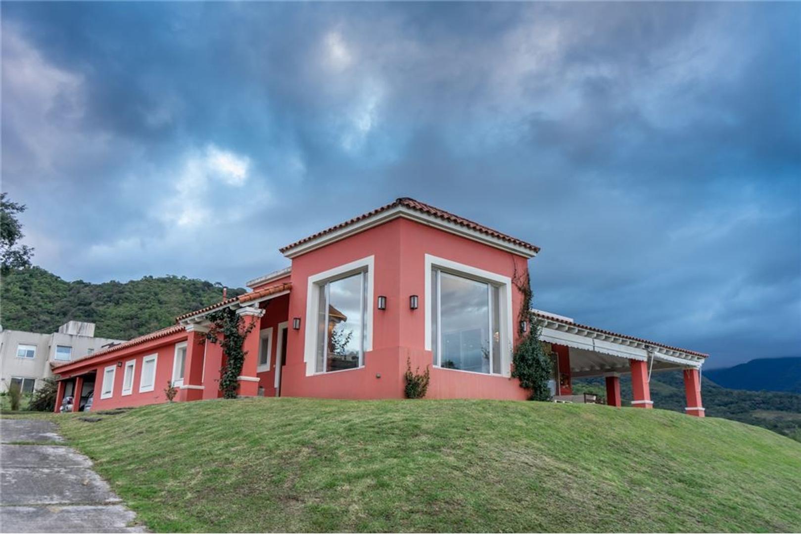 Casa en Venta en San Lorenzo - 10 ambientes