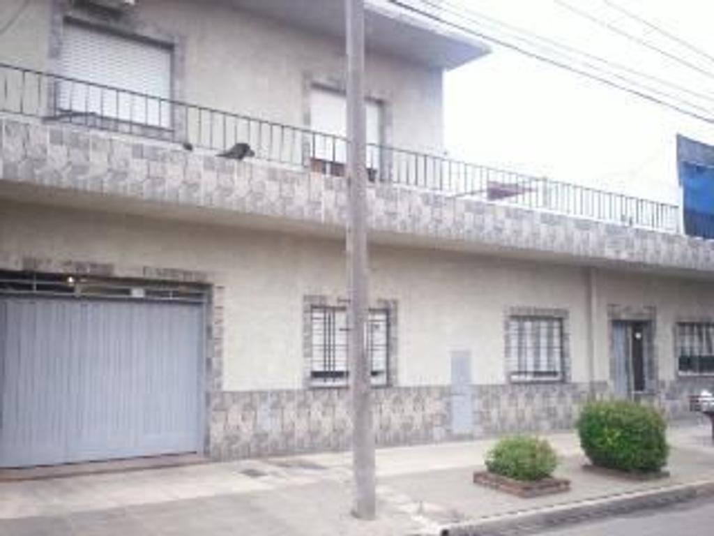 Departamento tipo casa en Venta en Buenos Aires, Pdo. de General San Martin, General San Martin