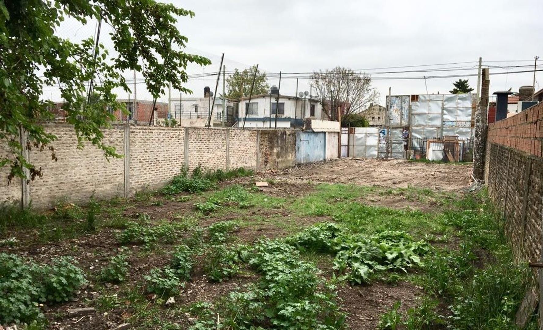 Terreno en Venta en Villa Luzuriaga