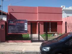 Henry Dunant 1400 PROPIEDAD CON CONSULTORIOS en Alquiler en San Fernando