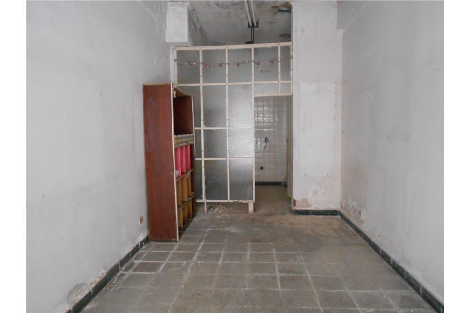 Local Alquiler 27 m2, Lamadrid casi Av. Colon