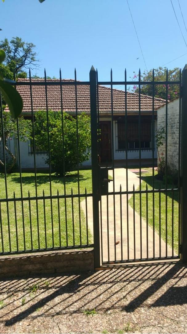 Casa en Venta en Temperley - 3 ambientes