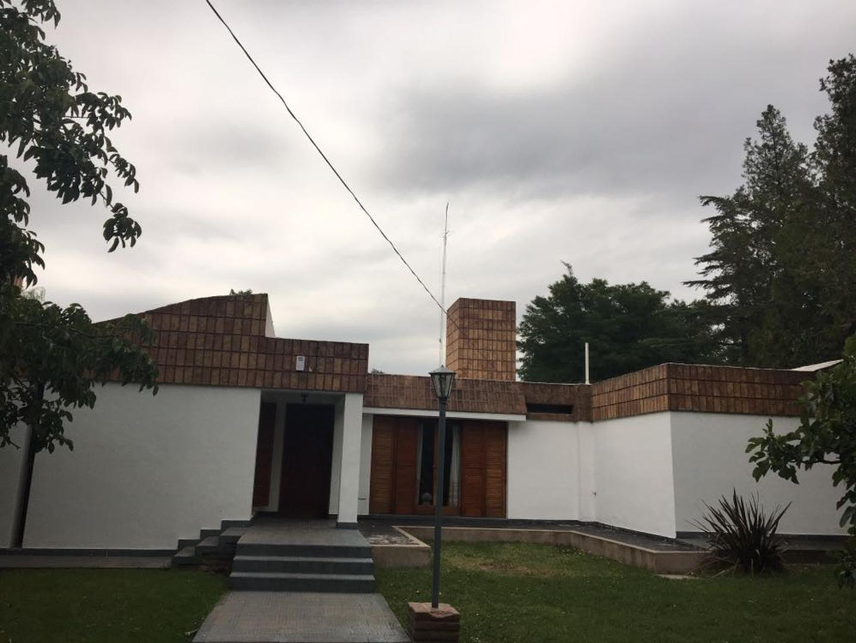 Casa 3 dorm, en calle Los Pejes. Juana Koslay. San Luis