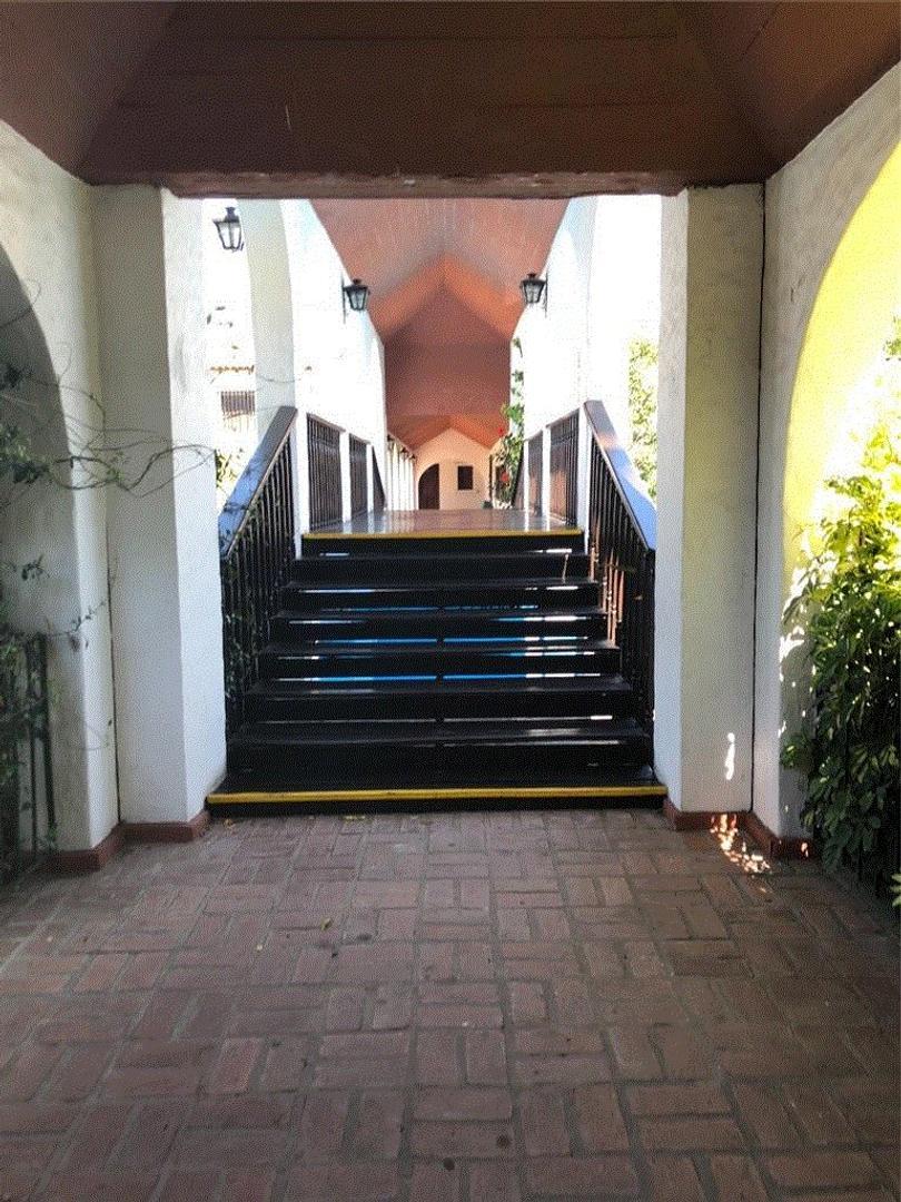 Exc casa en Aranjuez de 3 Dorm liv com toil coc y jardinD330000GABY LOPEZ ******** - Foto 17