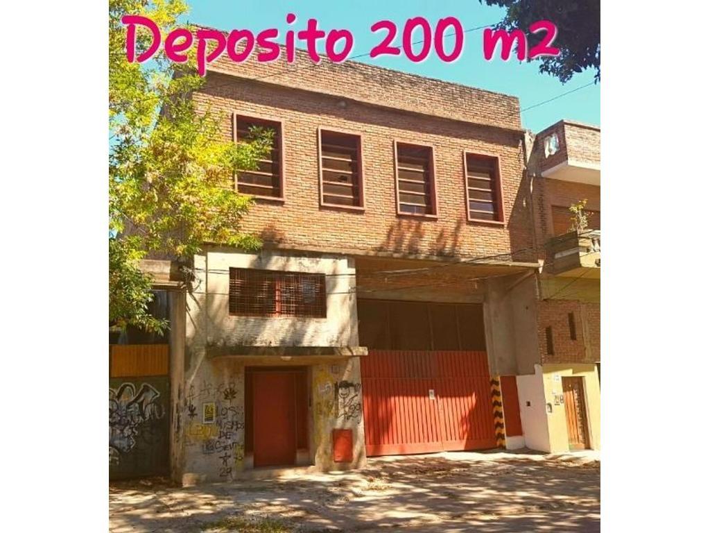 REGIO GALPÓN EN PRIMER PISO DE 200 M2 APROX. CON OFICINAS