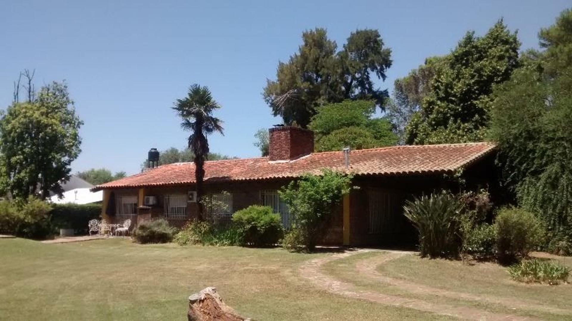 Casa en pueblo de Cardales
