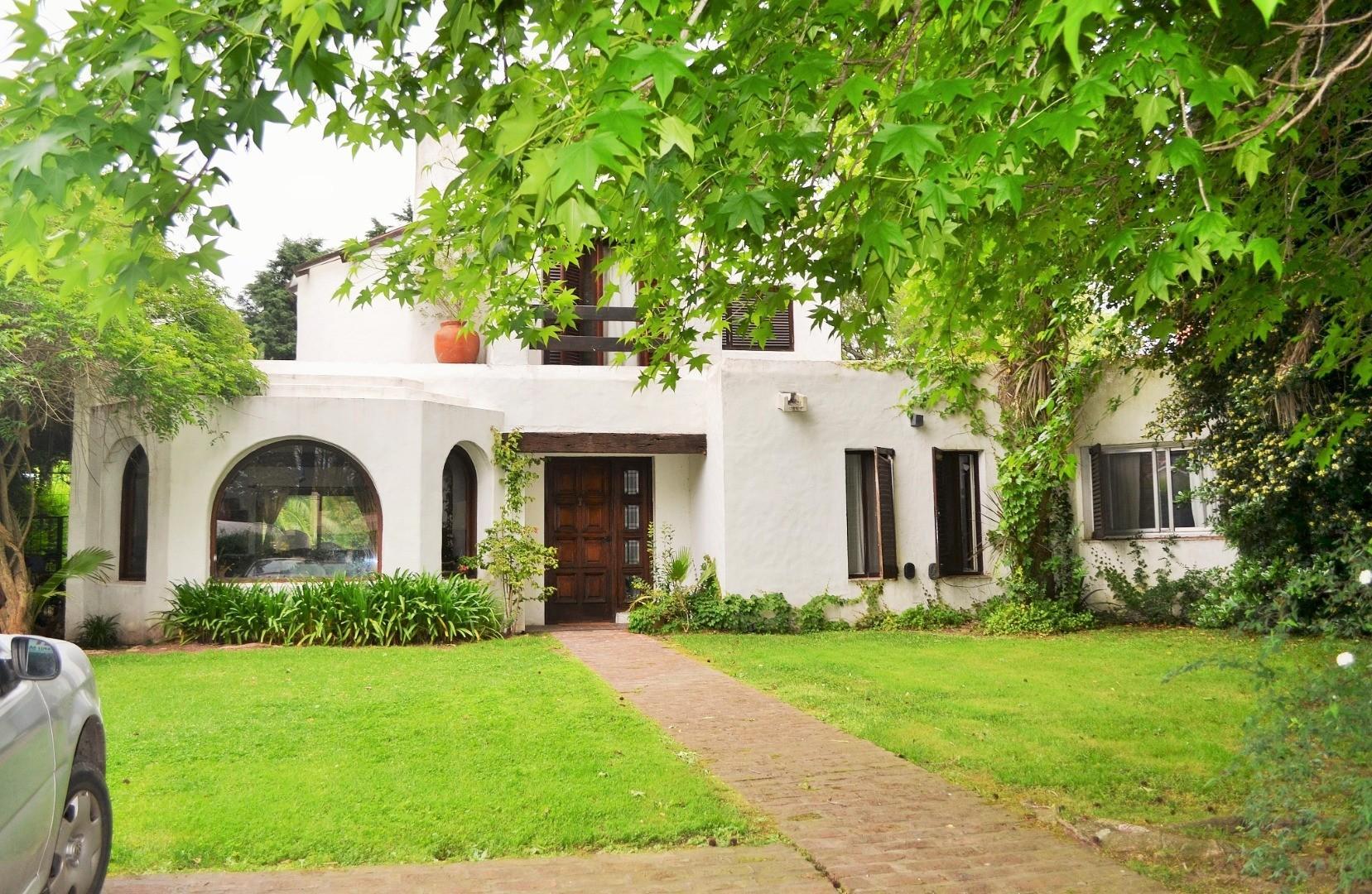Casa en Venta en Los Lagartos - 4 ambientes