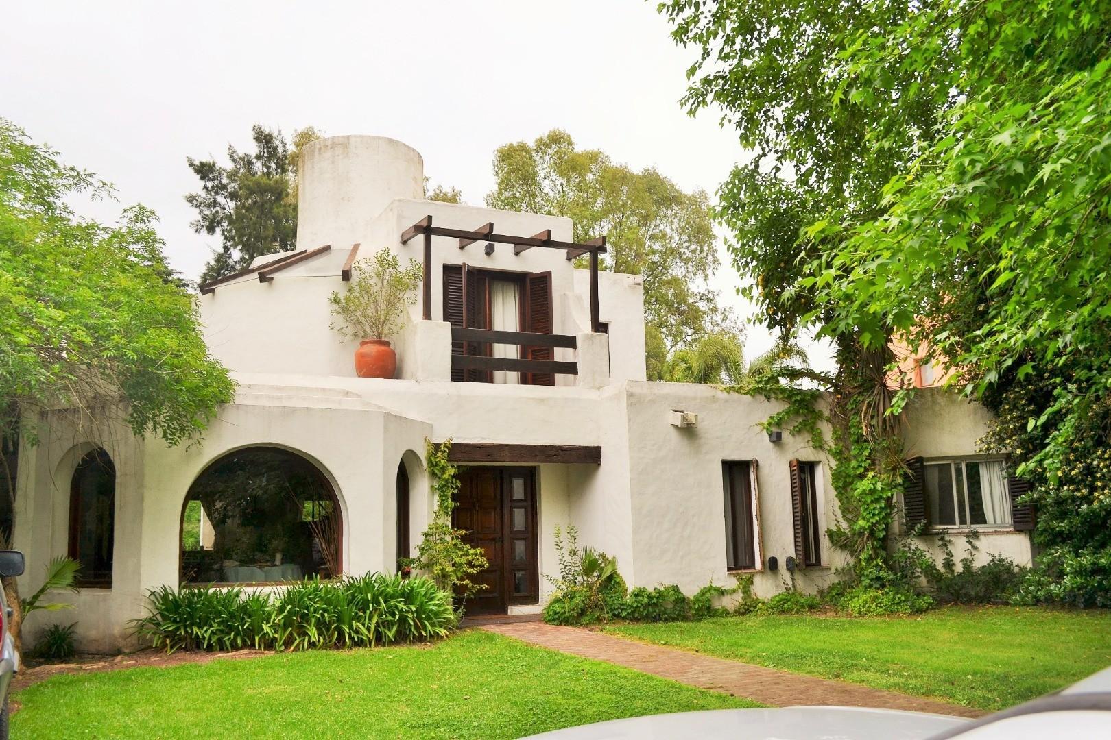 Casa en Venta - 4 ambientes - USD 198.000