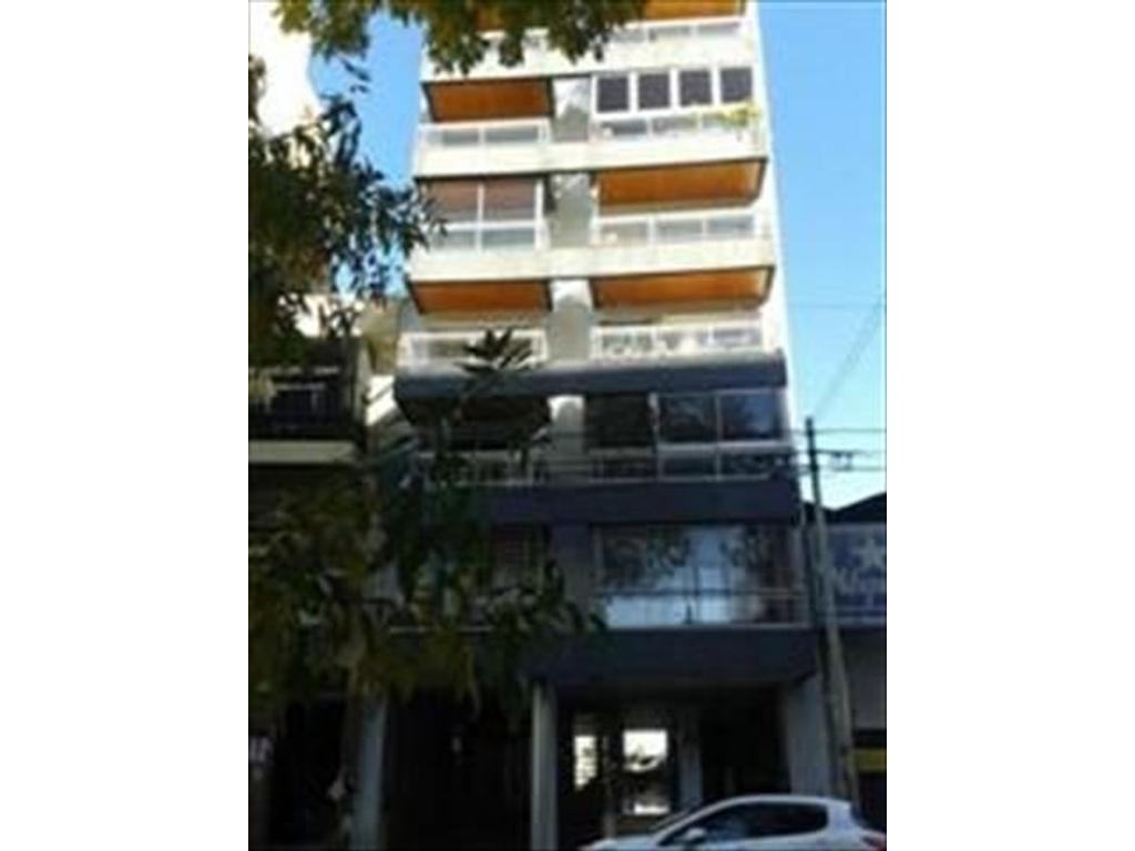 Departamento 2 amb balcón al frente SUM M/B  (a inversor - con renta hasta 2/2019)