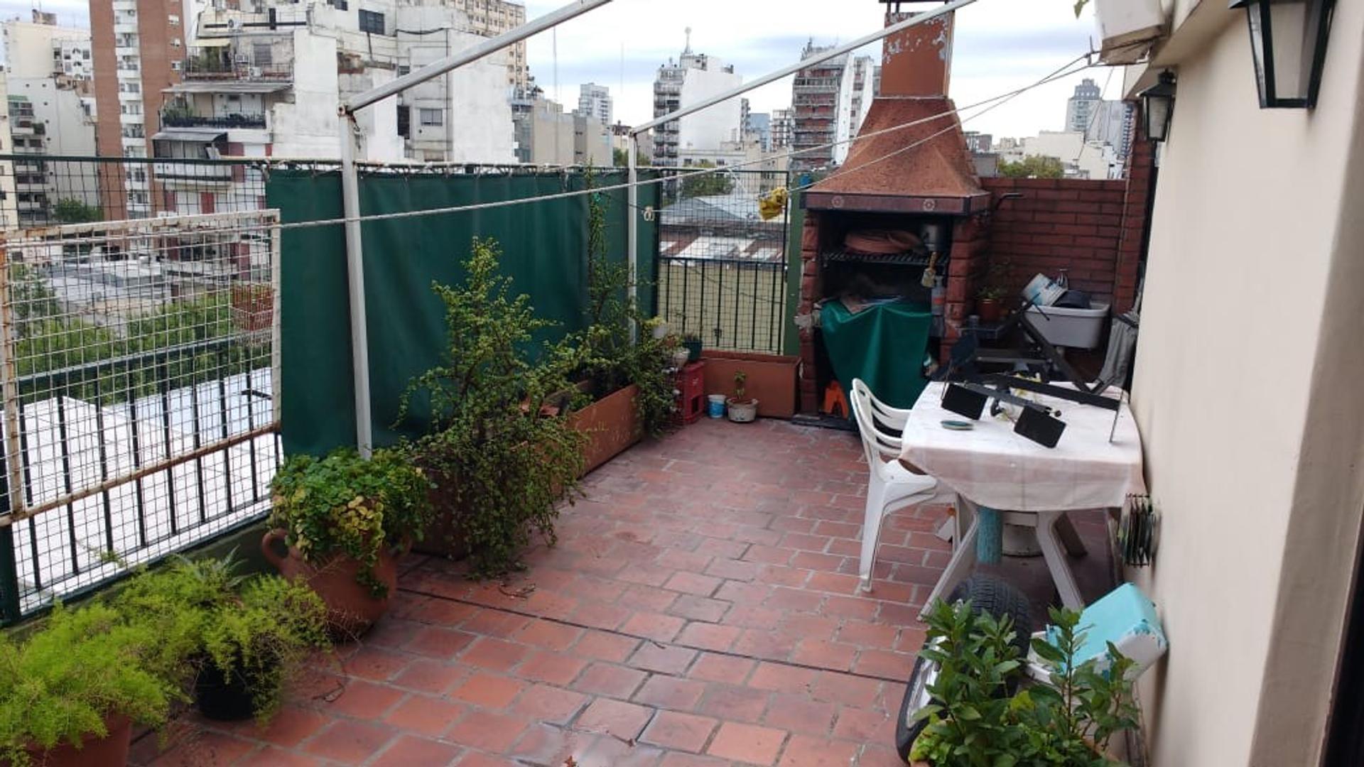 3 ambientes y balcon terraza!