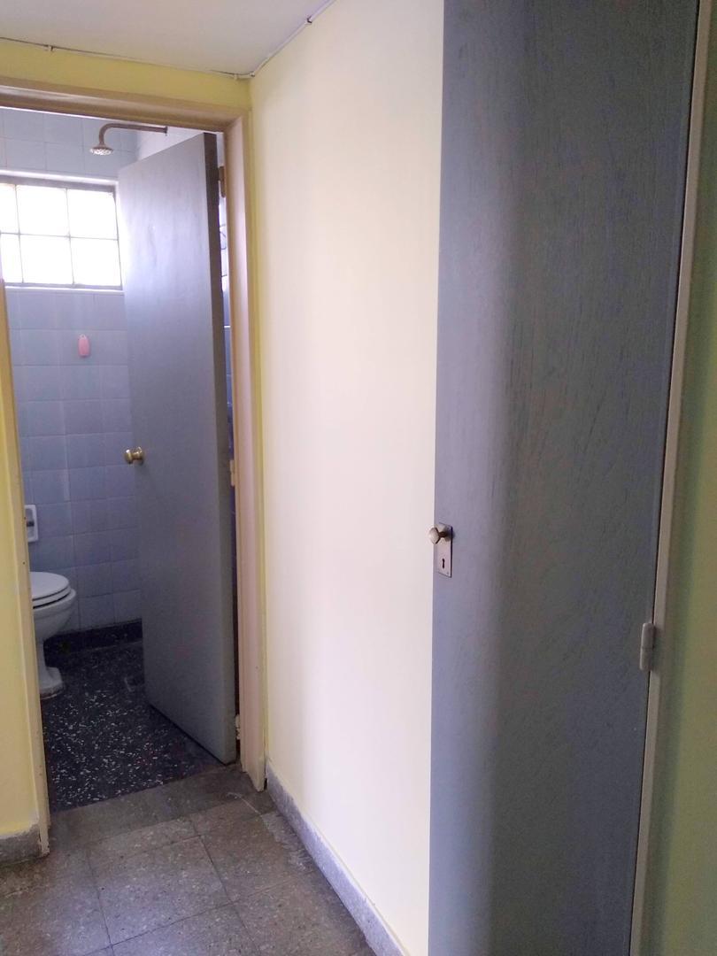 Semi piso 3 amb. y Dep Serv Cfte Muy Lum Bcón corrido con Cochera - Foto 17