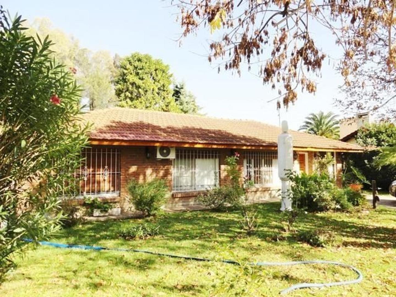 Casa en Venta en Mapuche Country Club - 4 ambientes