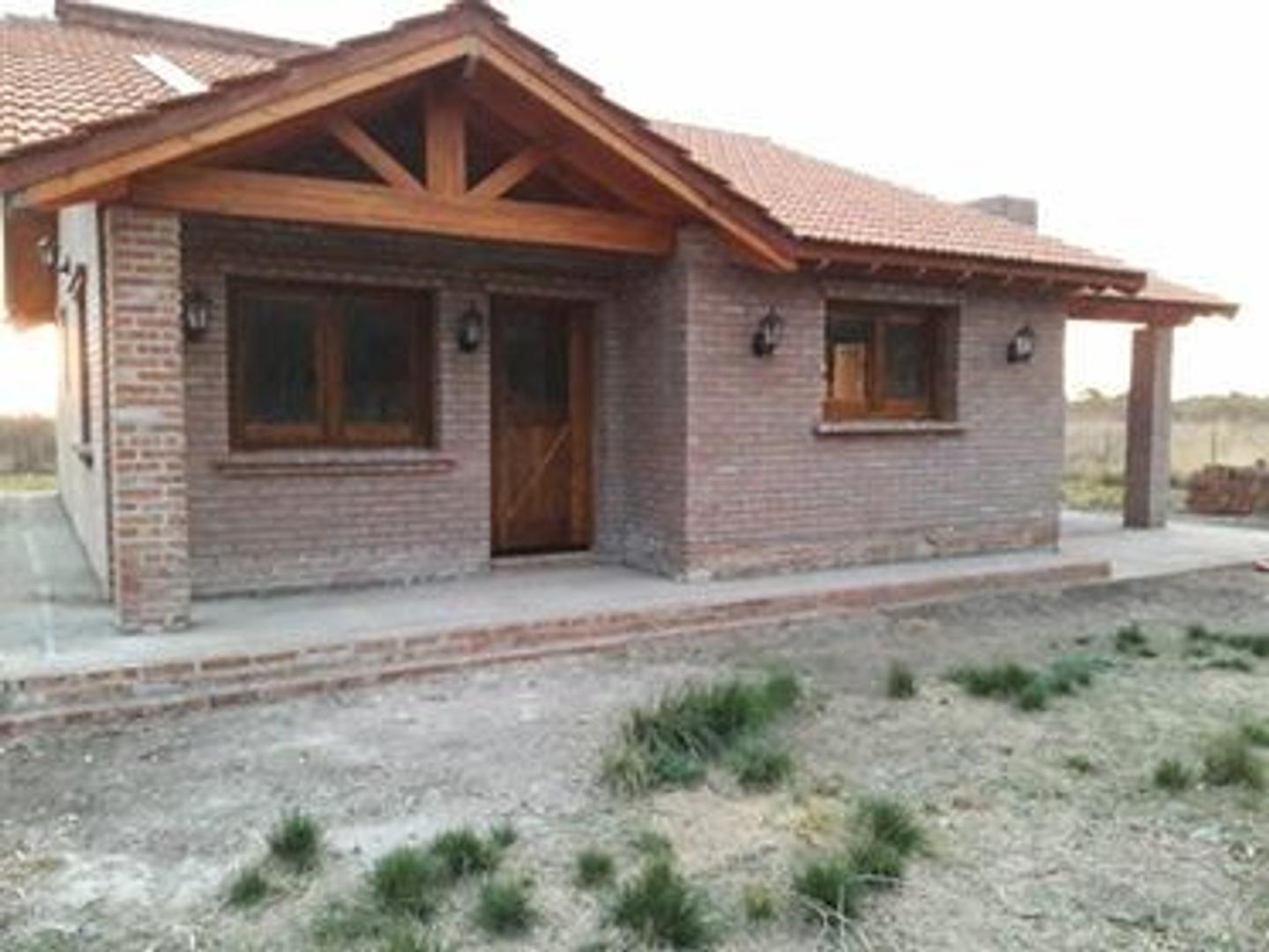 Casa en Venta en Carpinteria - 3 ambientes