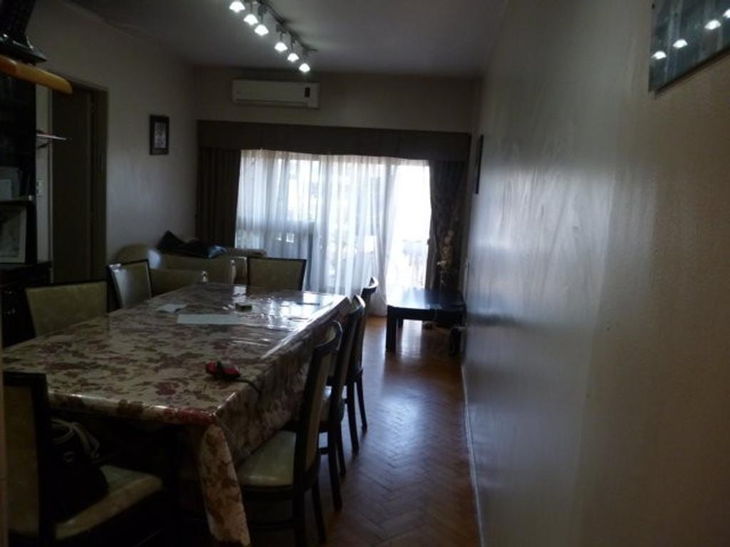 Departamento - Venta - Argentina, Capital Federal - PUEYRREDON, AV.  AL 800