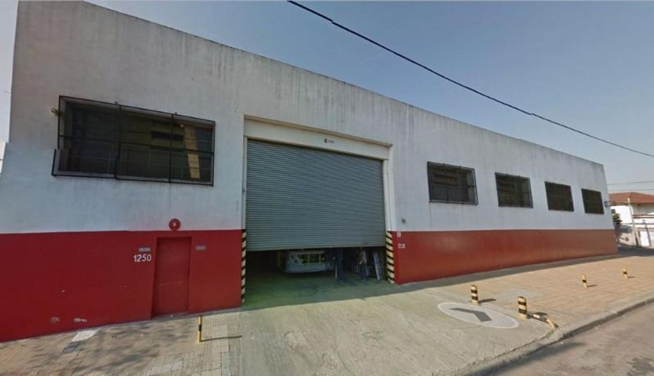 Galpon 2300 m² cubiertos - Zona Industrial - Jose Ingenieros 4302 - San Justo