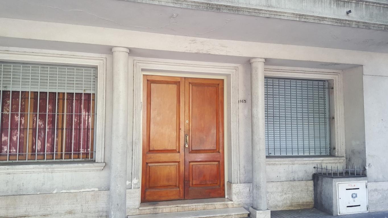 DEPARTAMENTO INTERNO EN VENTA CALLE 59 E 18 Y 19 DE 2 DORMITORIOS