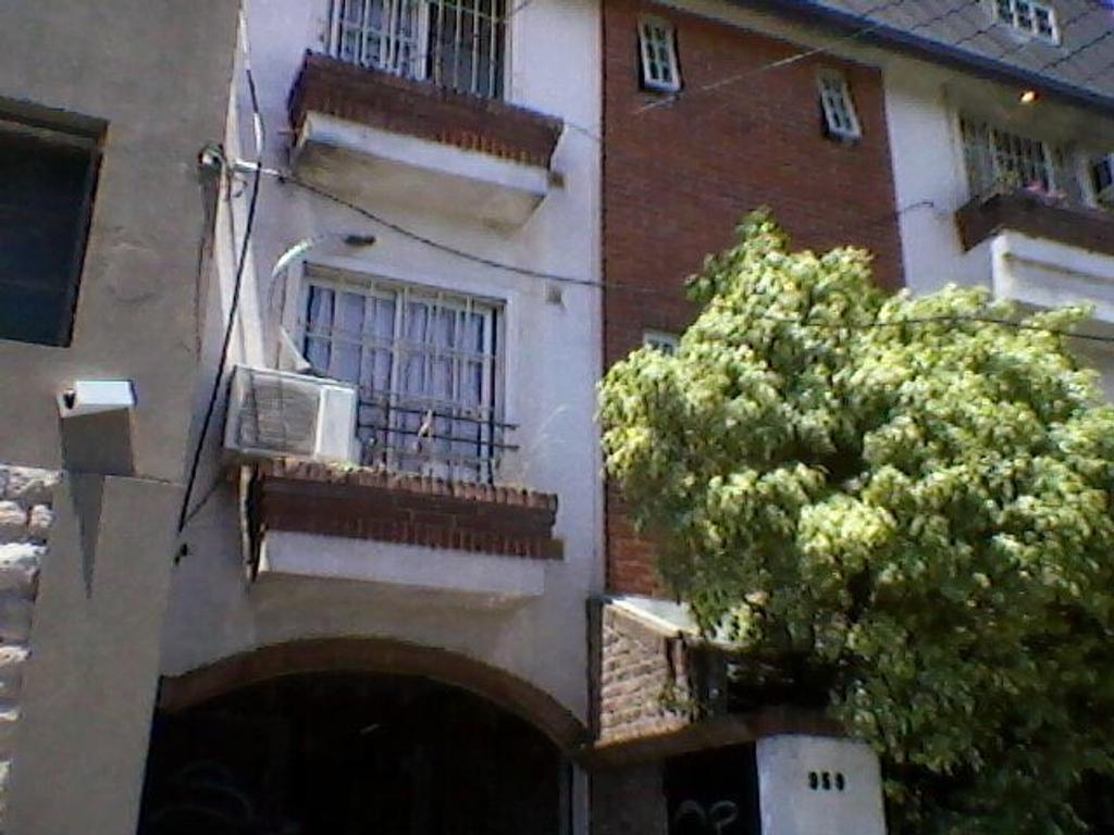 Departamento en Ramos Mejía, La Matanza, Buenos Aires USD 80000 - Arenales al 359 (Código: 486-123)