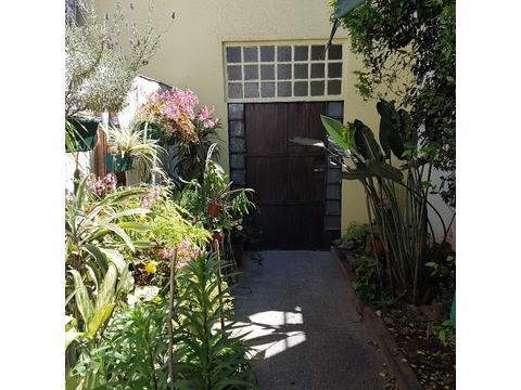 PH 6 ambientes al frente patio y terraza - Lafuente al 300 - Flores