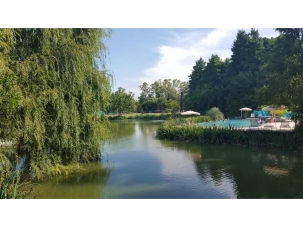 Venta departamento Pilar Villa del lago Champagnat