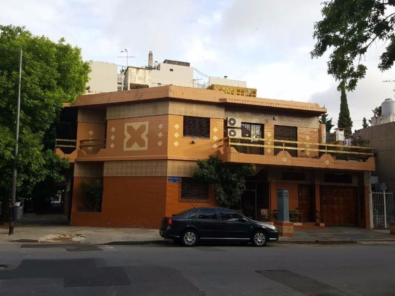 OPORTUNIDAD CASA /7AMBIENTES/300MT2/TRES ARROYOS 3000/FLORES/